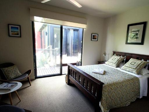 Phoenix Eumundi Bed and Breakfast hotel accepts paypal in Eumundi