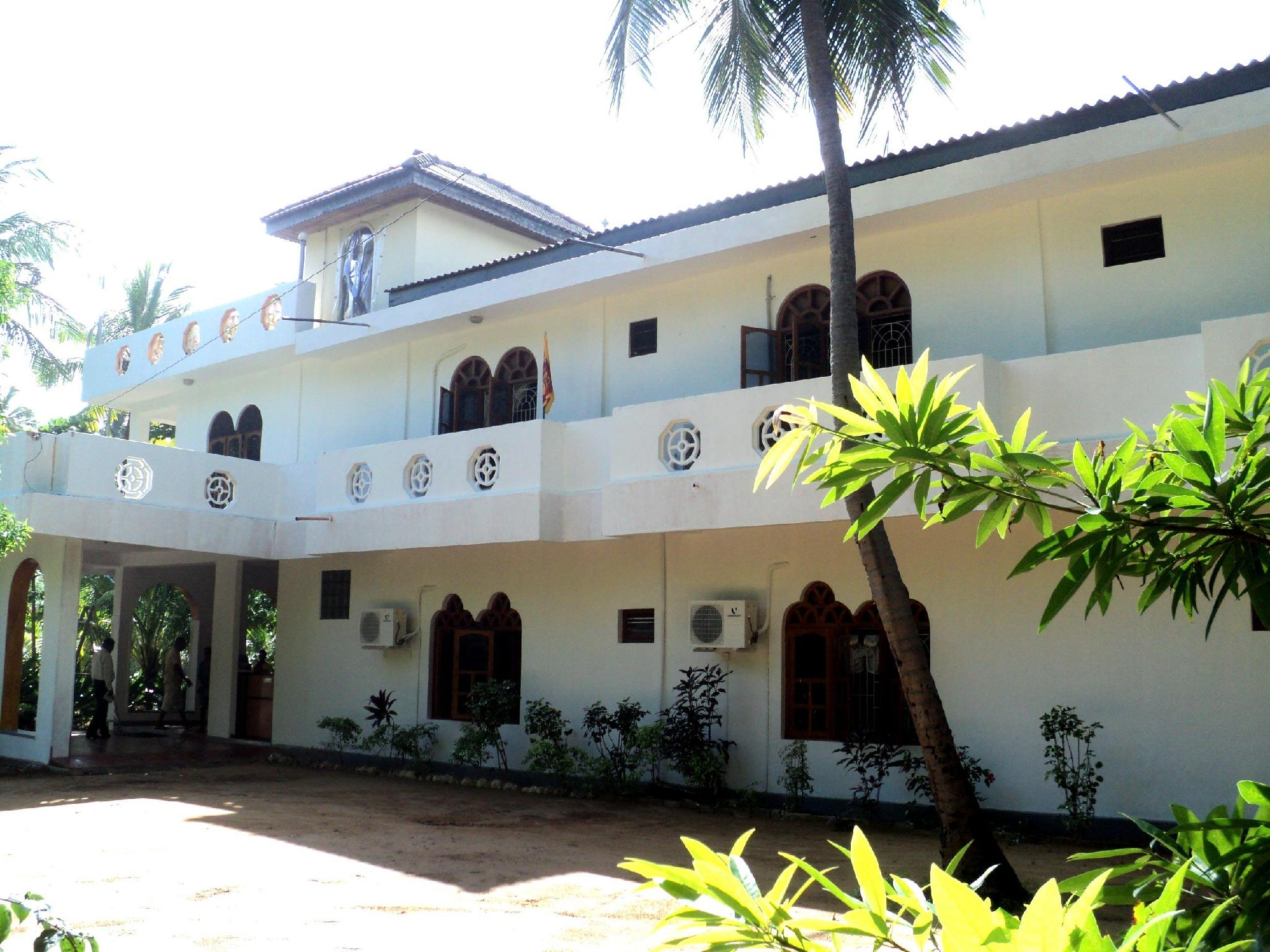 Shivas Beach Resort - Hotels and Accommodation in Sri Lanka, Asia