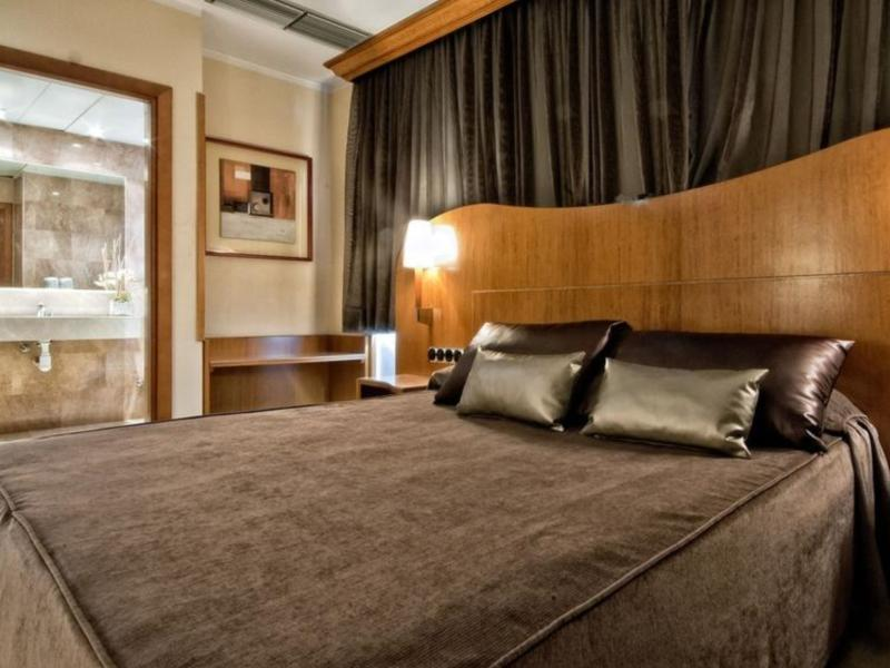 Hotel Aristol Barcelona - Guest Room