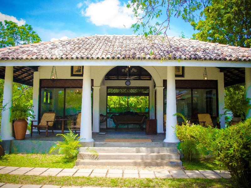 Moon Bean - Hotels and Accommodation in Sri Lanka, Asia