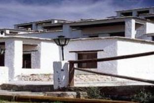 阿尔卡萨瓦德比斯科斯塔酒店