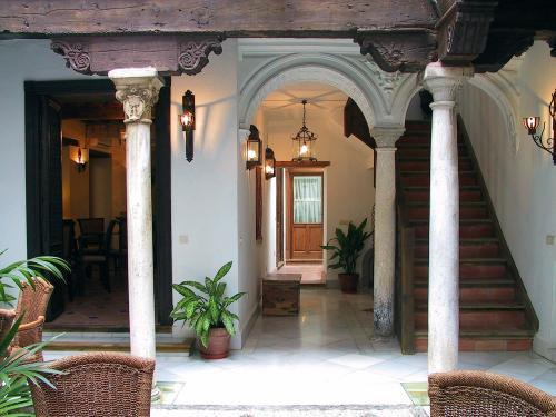 Casa del Capitel Nazari - Hotels and Accommodation in Nicaragua, Central America And Caribbean