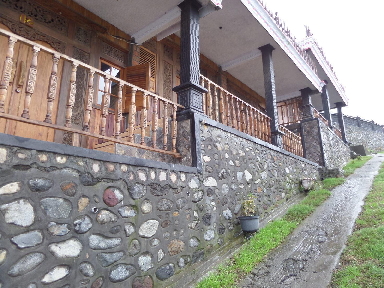 Pondok Wisata Adas Hotel - Hotels and Accommodation in Indonesia, Asia