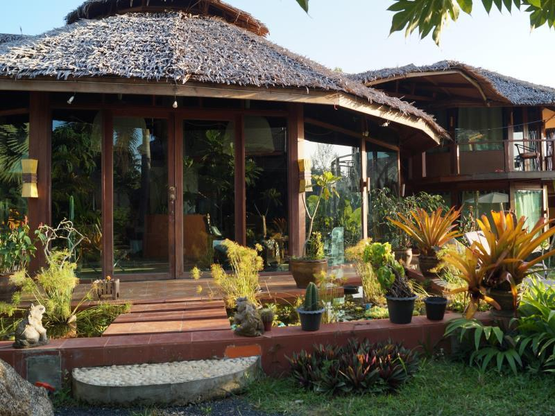 Khaolak Relax Resort - Hotels and Accommodation in Thailand, Asia
