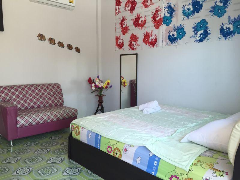 Baan Phak Rim Lay - Hotell och Boende i Thailand i Asien