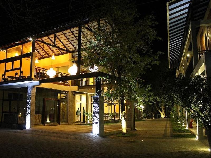 Eth Yahana Hotel - Hotels and Accommodation in Sri Lanka, Asia