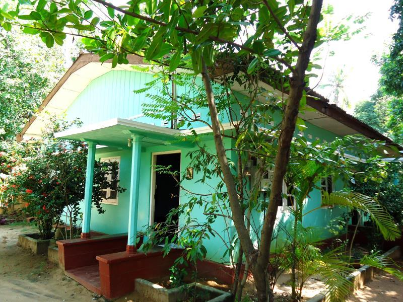 Triinco Huts - Hotels and Accommodation in Sri Lanka, Asia