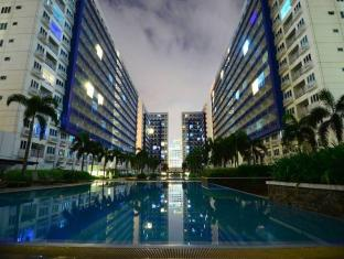 The C Side Condominium Unit