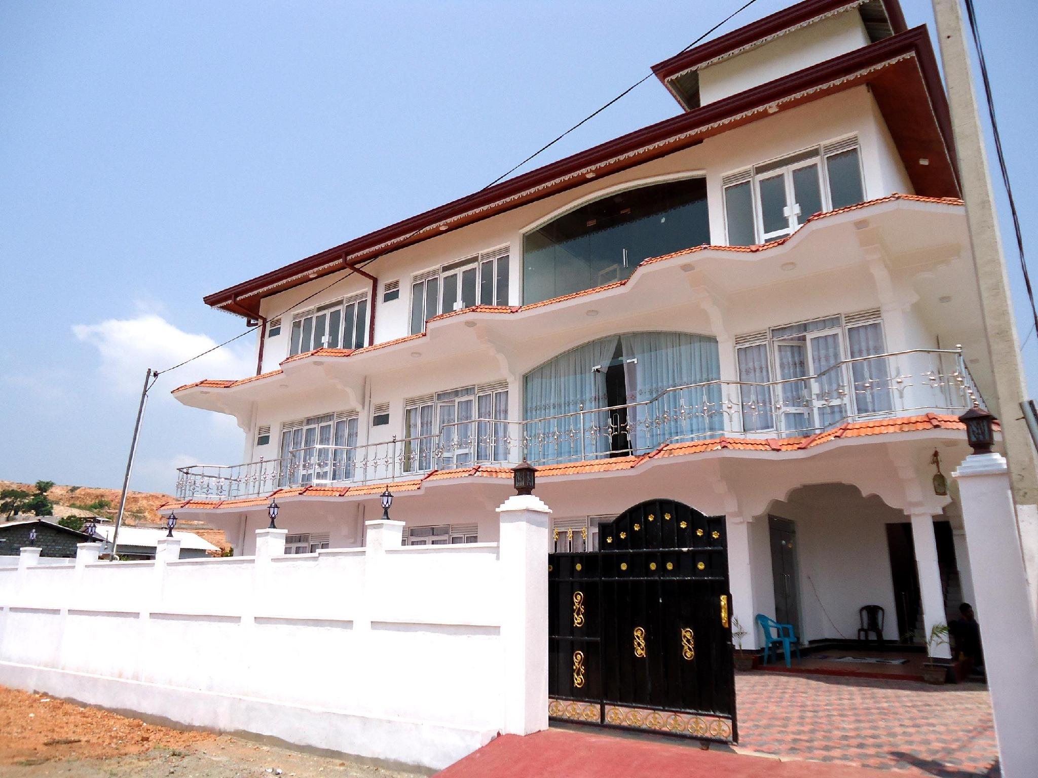 Hotel Glee - Hotels and Accommodation in Sri Lanka, Asia