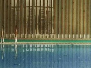 Howard Johnson Zhangjiang Hotel Shanghai - Swimming Pool