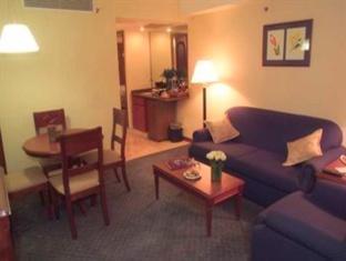 Embassy Suites by Hilton Caracas Hotel Caracas - Living Room