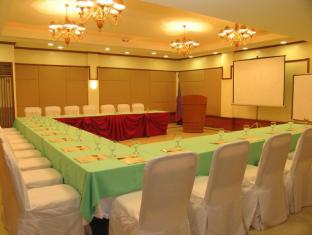 Crown Regency Residences Davao Hotel Davao City - Function Room