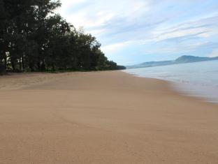 Sala Phuket Resort And Spa Hotel Phuket - Beach