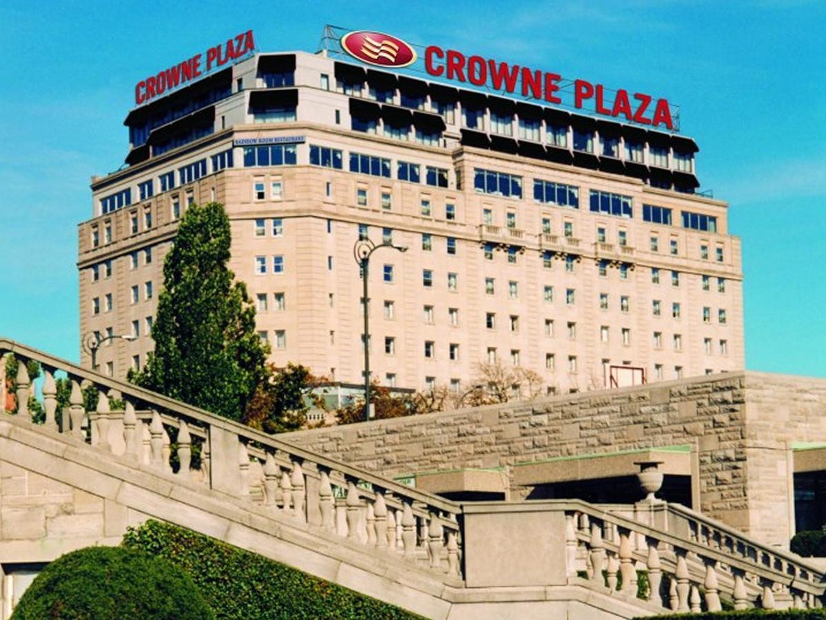 Crowne Plaza Fallsview Hotel