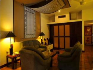 Cinnamon Citadel Kandy Kandy - Suite Room