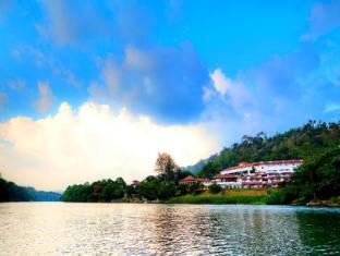Cinnamon Citadel Kandy Kandy - Mahaweli River View