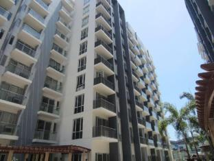 Palm Tree - Genlex Condominium