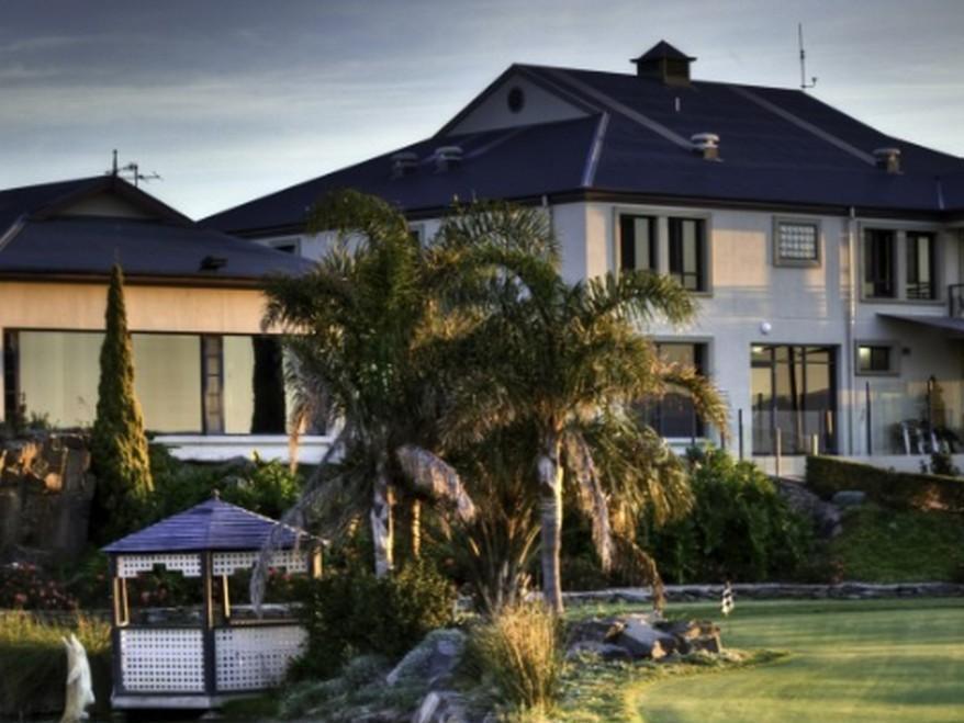 McCracken Country Club Hotel - Hotell och Boende i Australien , Victor Harbor