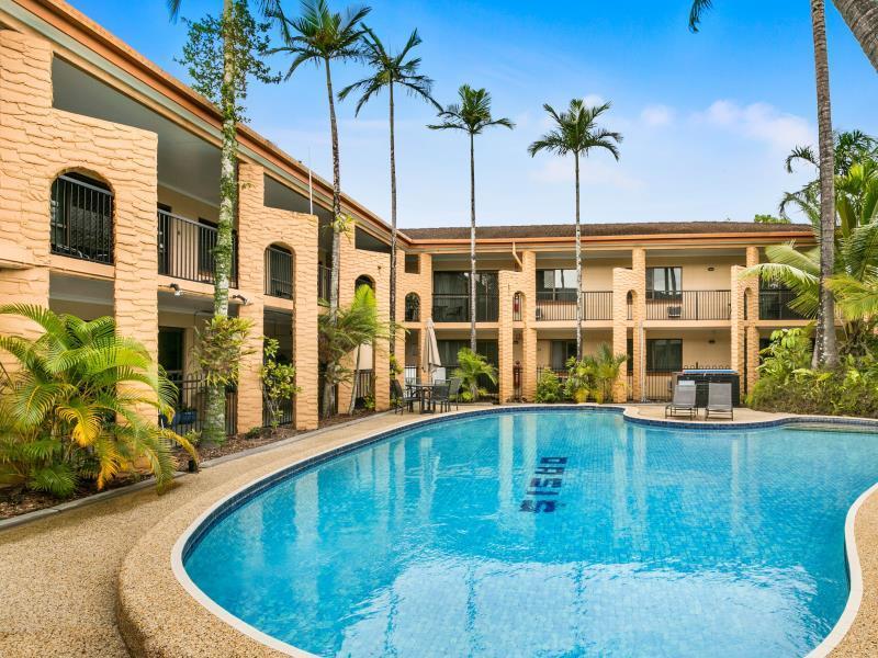 Oasis Inn Apartments - Hotell och Boende i Australien , Cairns