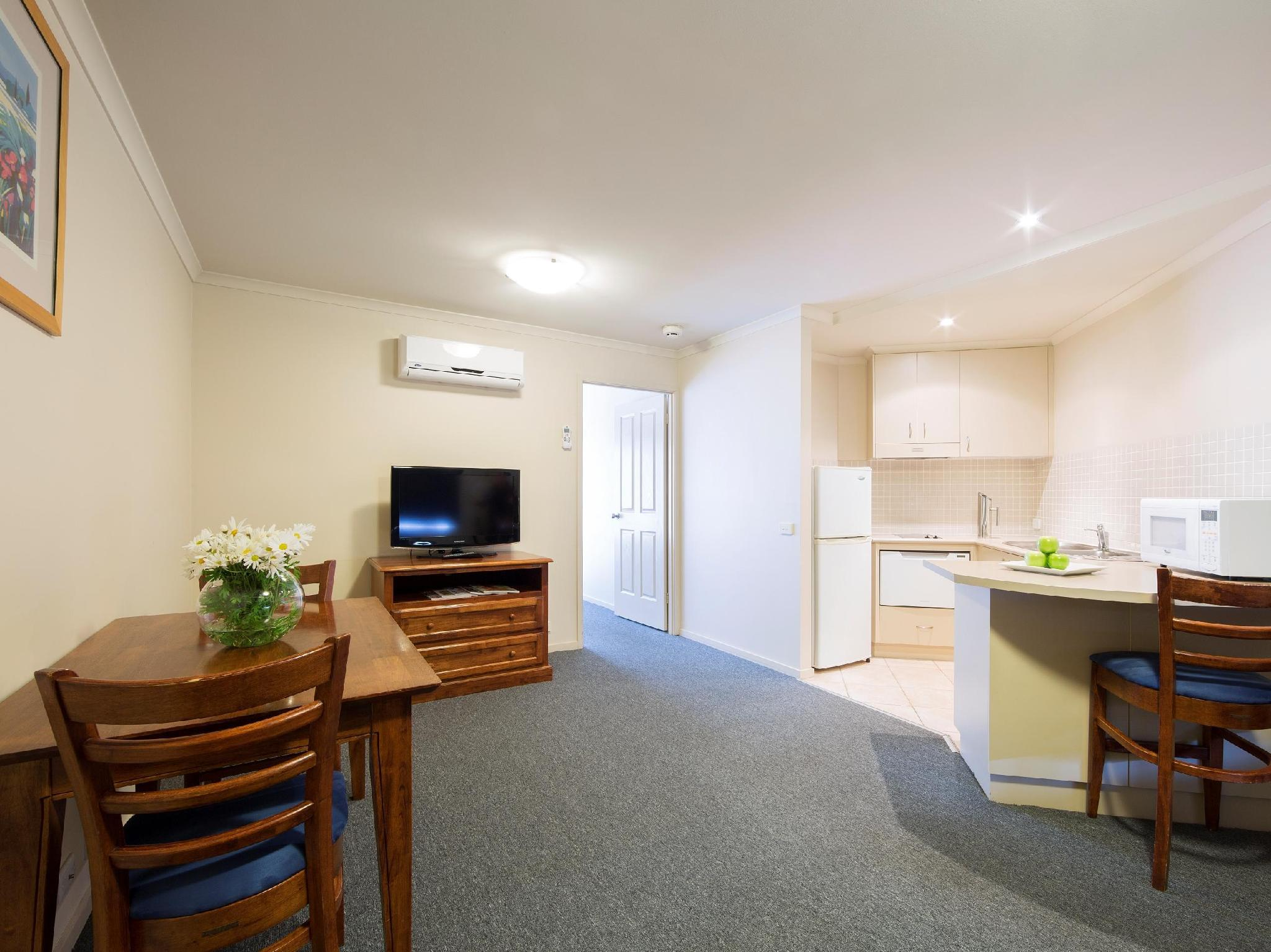 The Parklands Apartment Hotel - Hotell och Boende i Australien , Canberra