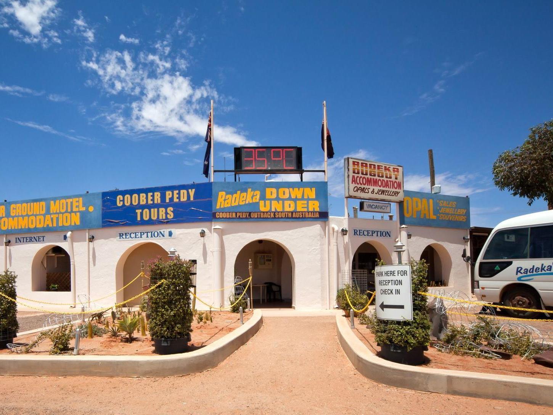 Radeka Downunder Coober Pedy - Hotell och Boende i Australien , Coober Pedy