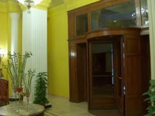 Coral Cosmopolitan Hotel Cairo - Entrance