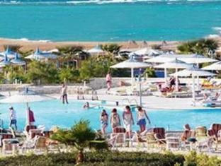 فندق كورال بيتش روتانا الغردقة - حمام السباحة