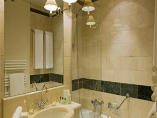Warwick Hotel Geneva - Bathroom