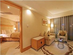 LDF All Suite Pudong Expo Hotel - Room type photo