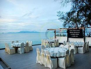 Naza Talyya Seaview Beach Hotel Penang - Outdoor Dining
