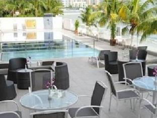 Naza Talyya Seaview Beach Hotel Penang - Swimming pool
