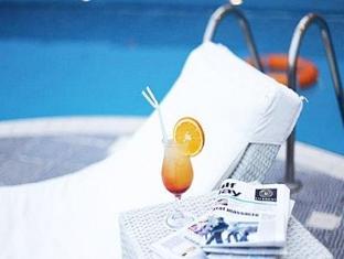 캐피톨 호텔 두바이 - 수영장