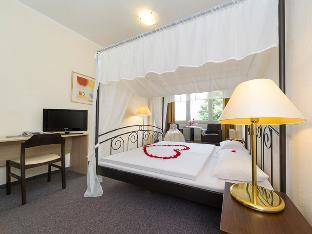 Best PayPal Hotel in ➦ Freital:
