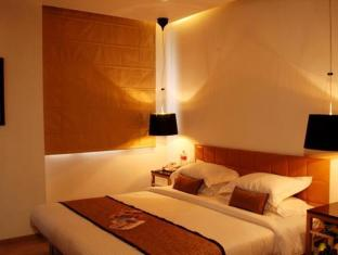Hotel Palace Heights New Delhi and NCR - Guest Room