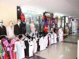 Sea Breeze Jomtien Resort Pattaya - Shops