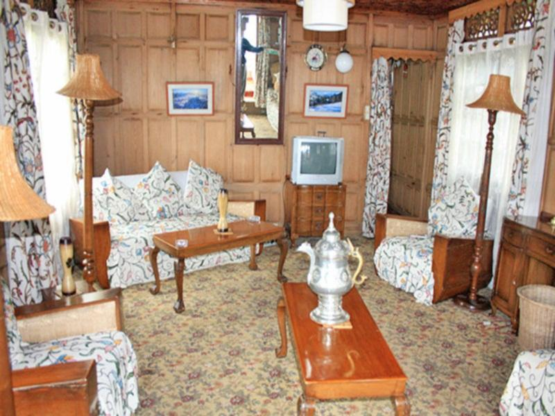 Akbar Group Of Heritage Houseboats - Srinagar