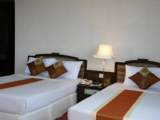 Grande Ville Hotel Bangkok - Hotellihuone