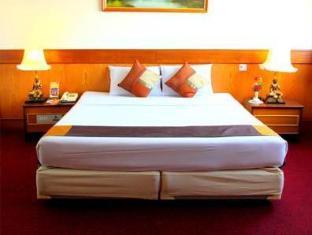 Grande Ville Hotel Bangkok - Konuk Odası