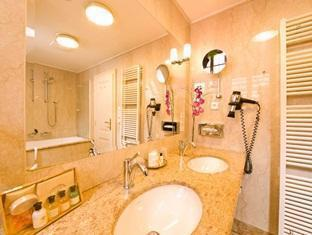Santini Residence פראג - חדר אמבטיה