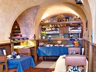 Hotel U Cerneho Orla Prague - Restoran