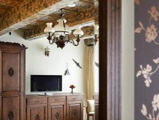 Hotel U Cerneho Orla Prague - Interior