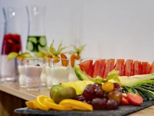 Park Inn by Radisson Berlin City West Berliini - Buffet