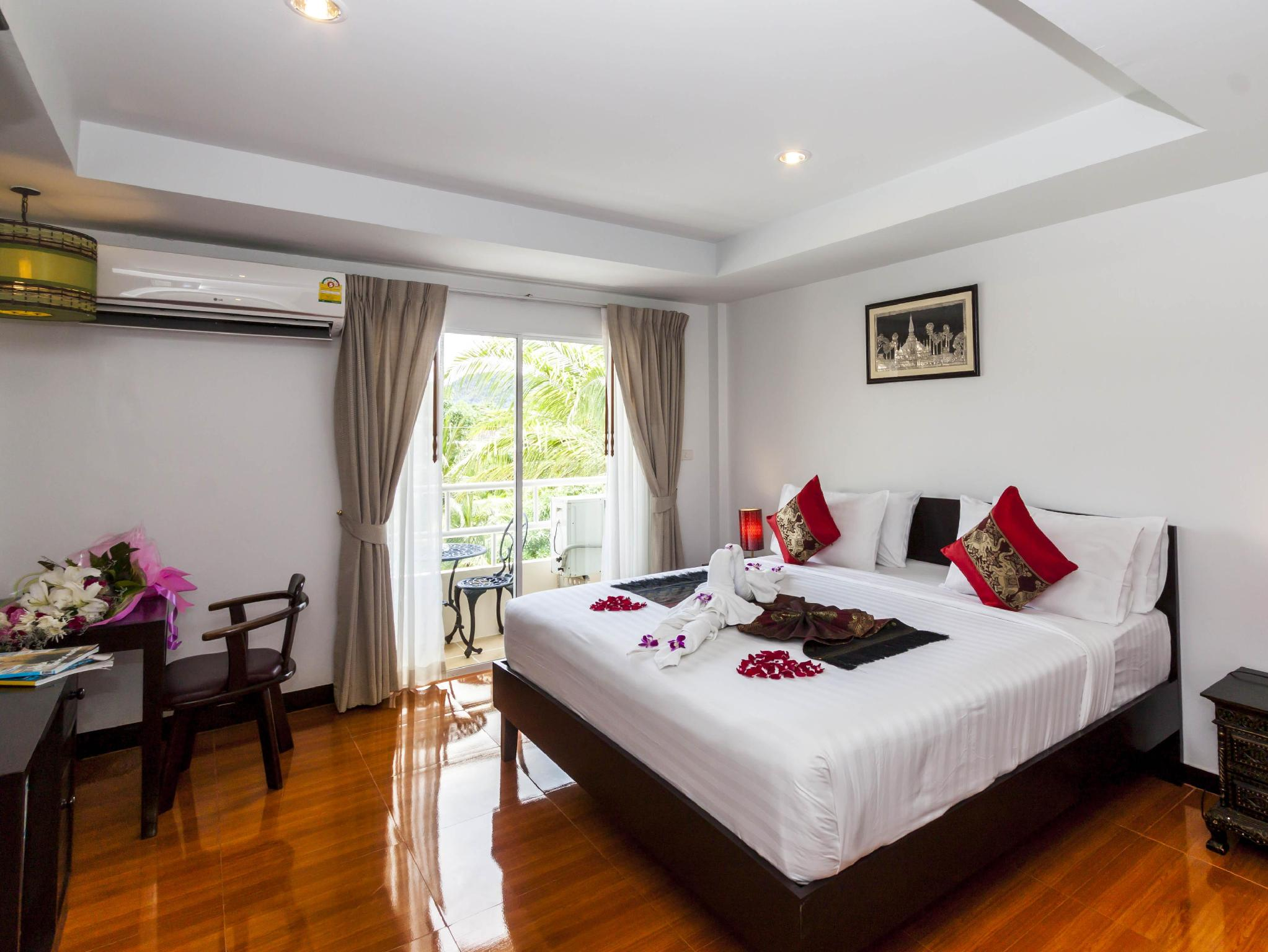 Silver Resortel Phuket - Hotellet udefra