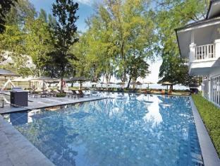 Lone Pine Hotel - 5star located at Batu Ferringhi