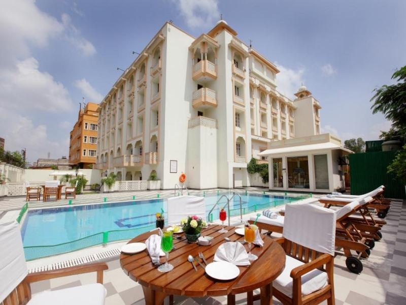 Holiday Inn Jaipur Hotel - Hotell och Boende i Indien i Jaipur