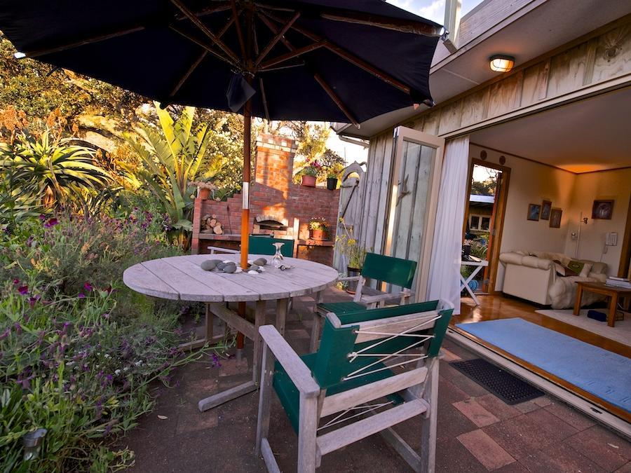 Bethells Beach Cottages - Hotels and Accommodation in New Zealand, Pacific Ocean And Australia