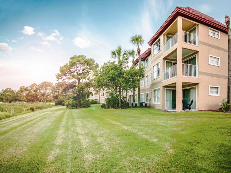 Parc Corniche Suites Hotel