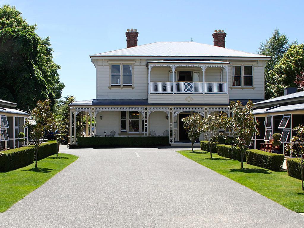Merivale Manor Motel