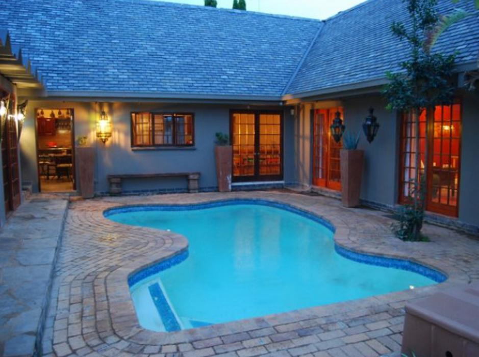 The Wardrobe Guest House - Hotels and Accommodation in South Africa, Africa