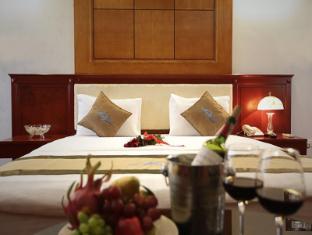 Moon View Hotel Hanoi - Deluxe Double